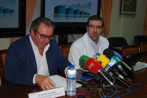 El director xeral y el gerente del Área Sanitaria de Vigo