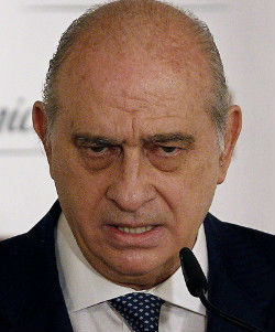 Fernández, ministro del Interior