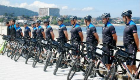 Agentes de la Policía Local en Samil (archivo)/Tresyuno Comunicación