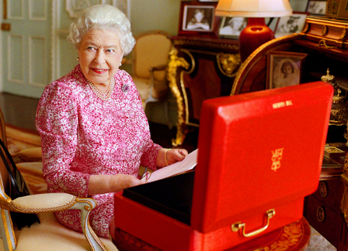 Foto oficial de la reina Isabel, hoy, tomada por Mary Mccartney, hija del Beatle, Paul