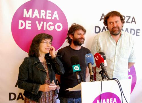 Os tres concelleiros de A Marea no Concello de Vigo/Tresyuno Comunicación