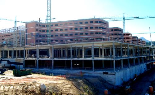 Obras nuevo hospital/Tresyuno Comunicación