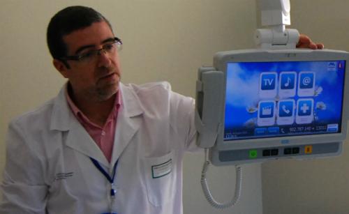 O xerente da Área Sanitaria de Vigo, o doutor Félix Ruibal/Tresyuno Comunicación