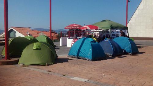 Los trabajadores están acampados en la Praza do Rei