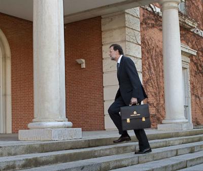 El presidente Rajoy entrando en La Moncloa