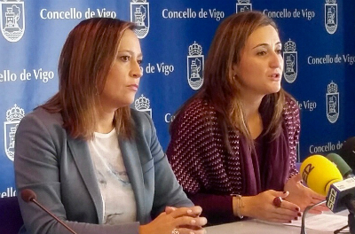 Teresa Egerique, durante la rueda de prensa, acompañada por la portavoz municipal del PP, Elena Muñoz
