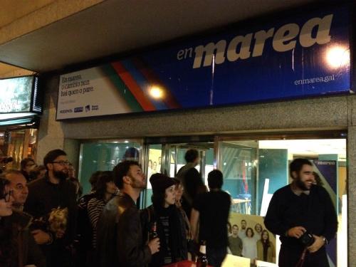 Membros da Marea, en Vigo este domingo pola noite