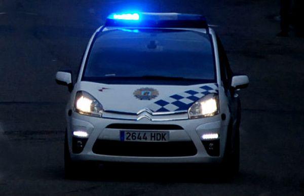 Coche de la Policía Local de Vigo por la noche/Foto:vigoalminuto.com