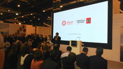 El alcalde durante la presentación de Vigo, este jueves en FITUR/Fotografía: vigoalminuto.com
