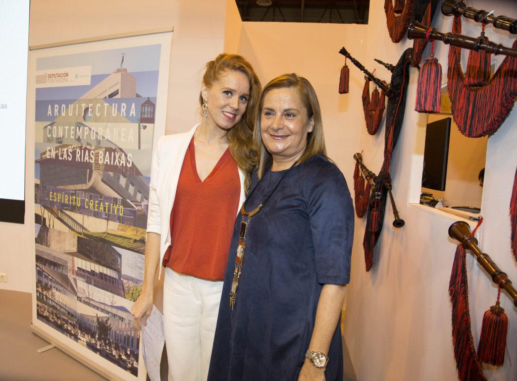 Carmela Silva coa actriz viguesa María Castro, este xoves en Fitur