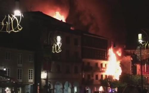 Incendio en el Casco Vello de Pontevedra/Foto:Remitida