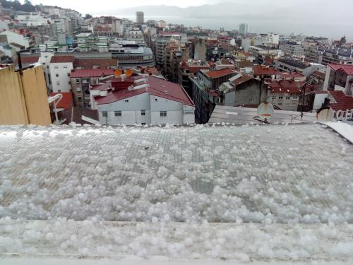 Granizo en Vigo esta mañana/Foto:vigoalminuto.com