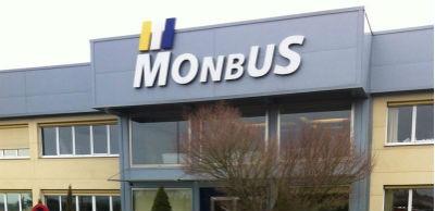 Monbus1