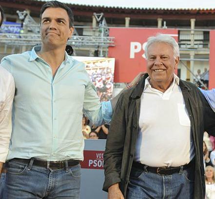Pedro Sánchez y el ex presidente Felipe González
