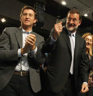 Rajoy y Feijóo durante un acto en Vigo
