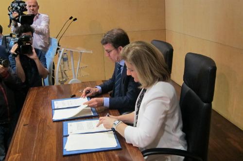O presidente do Goberno de Galicia e a ministra de Seguridade Social en funcións, este luns en Vigo