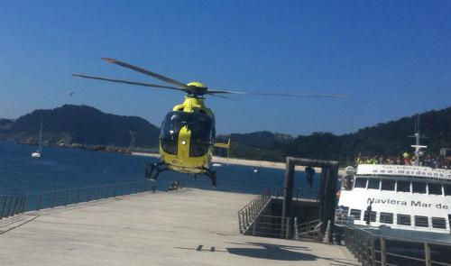 Helicóptero del 061 en Cíes