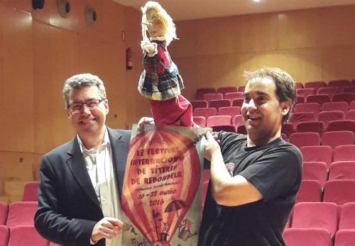 El alcalde de Redondela, Javier Bas, y el director del festival, Luis Crespo