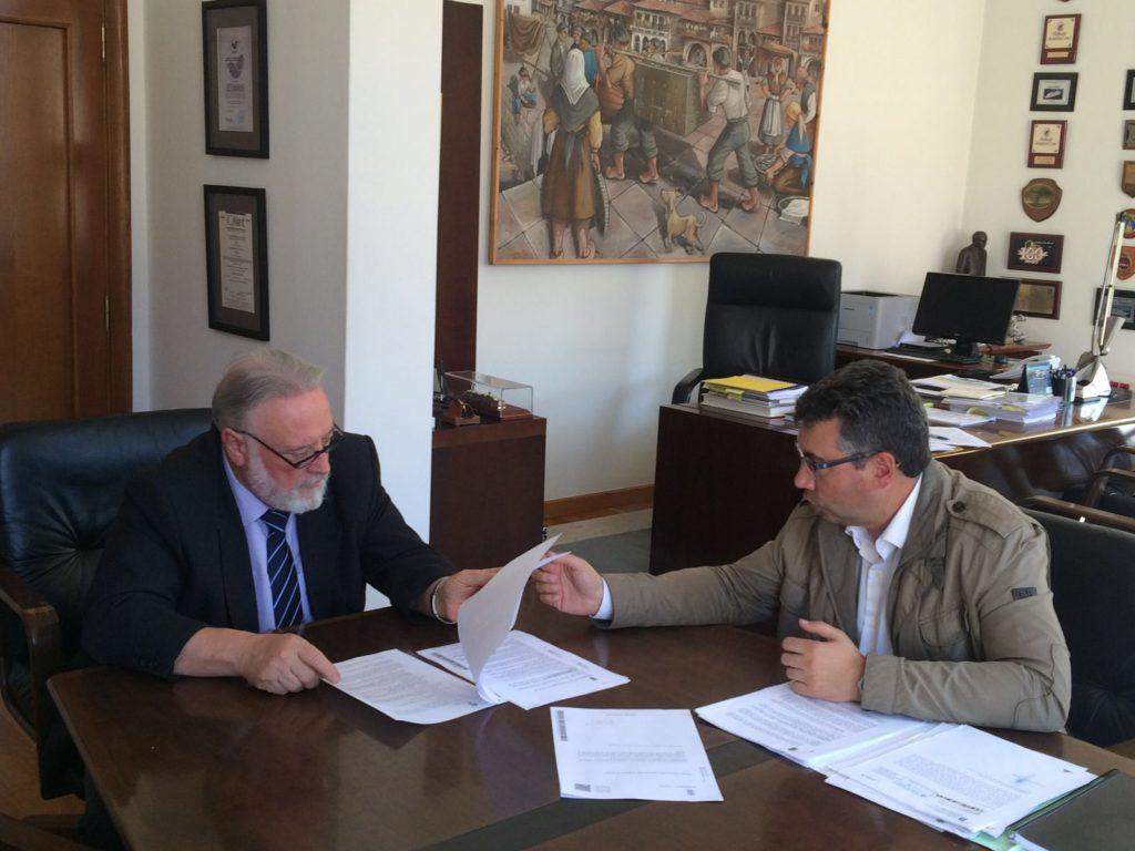 El presidente del Puerto y el alcalde Javier Bas