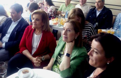 Ambas ministrs junto a la alcaldesa accidental, Carmen Amoedo, y el director xeral, Alberto Pazos, este lunes en Redondela