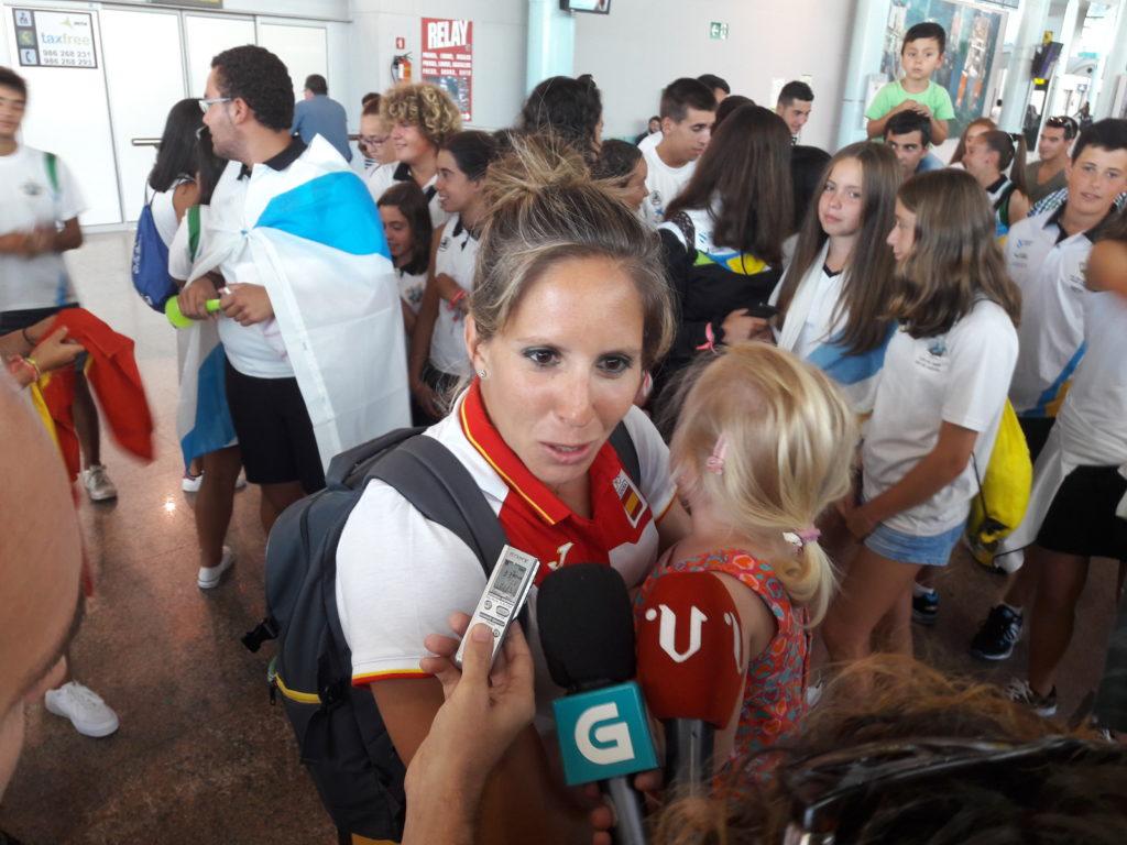 Teri Portela este jueves en Peinador/ Foto: vigoalminuto.com