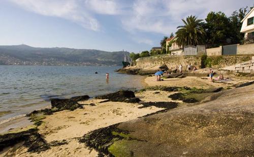 redondela playa penedos