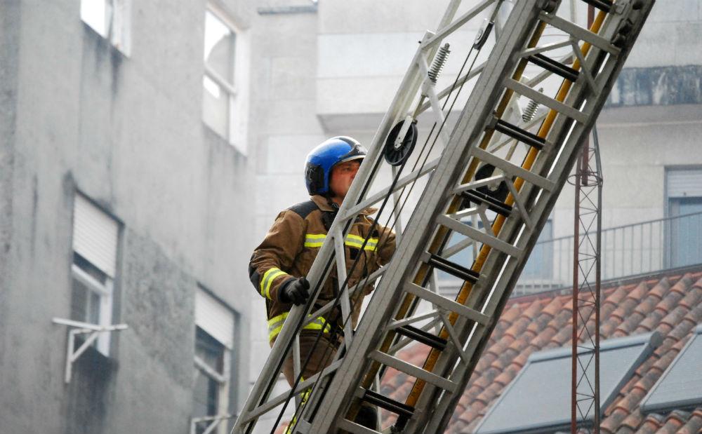 Este viernes sólo hay 6 bomberos operativos para todo Vigo