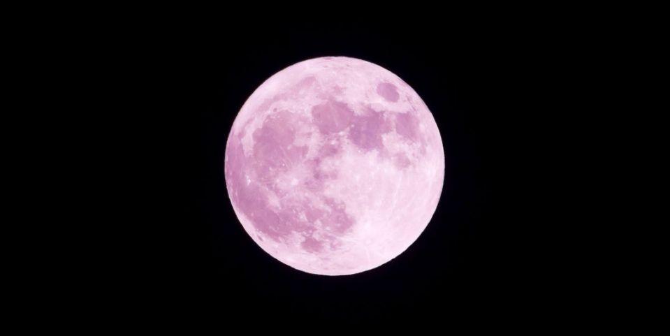 Eclipse luna de fresa
