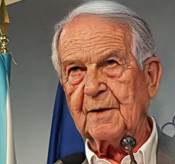 Abel Caballero anciano