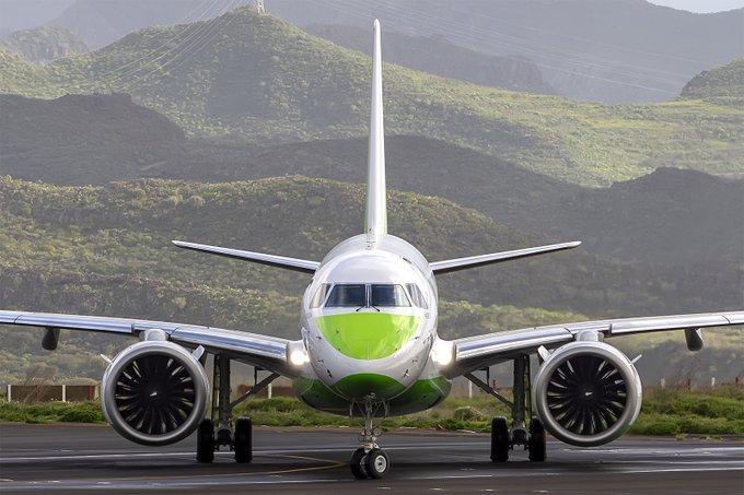 Binter vuela de Vigo a Canarias