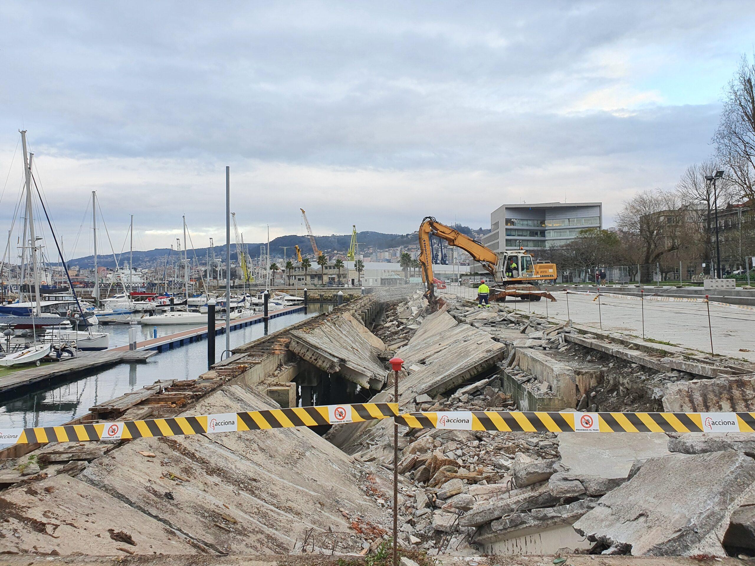 Obras zona accidente O Marisquiño Vigo/vigoalminuto.com