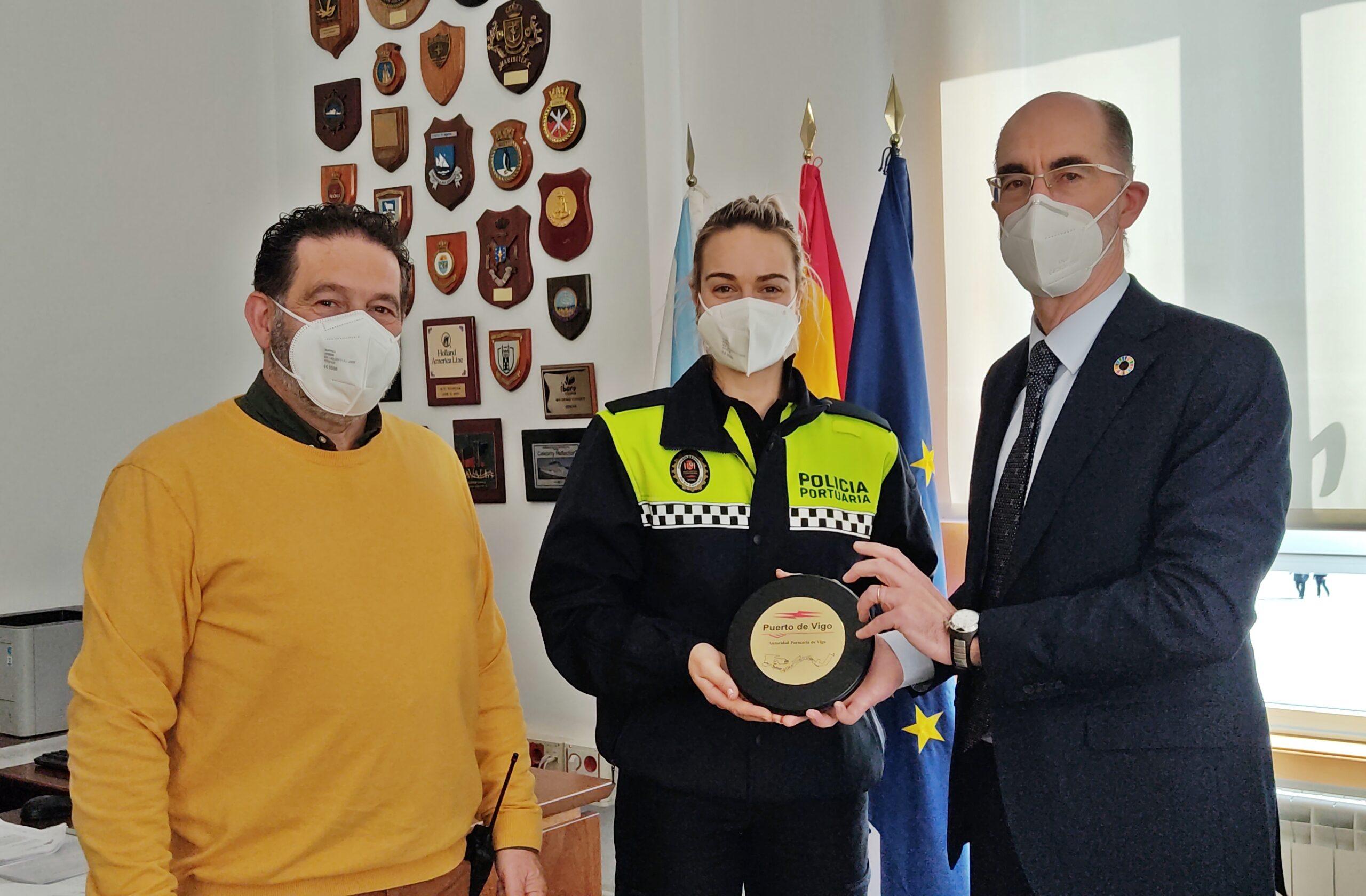 Vázauez Almuiña, presidente del Puerto de Vigo, con Tania Valverde