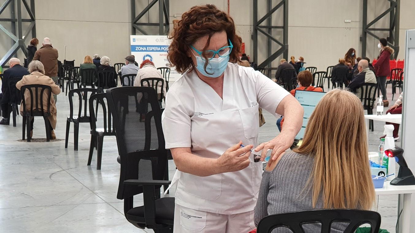 5.000 personas de 50-59 años están citadas para vacunarse en Ifevi este sábado
