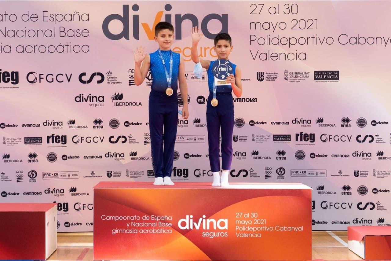 El Flic Flac de Vigo destaca en el nacional absoluto de acrobática
