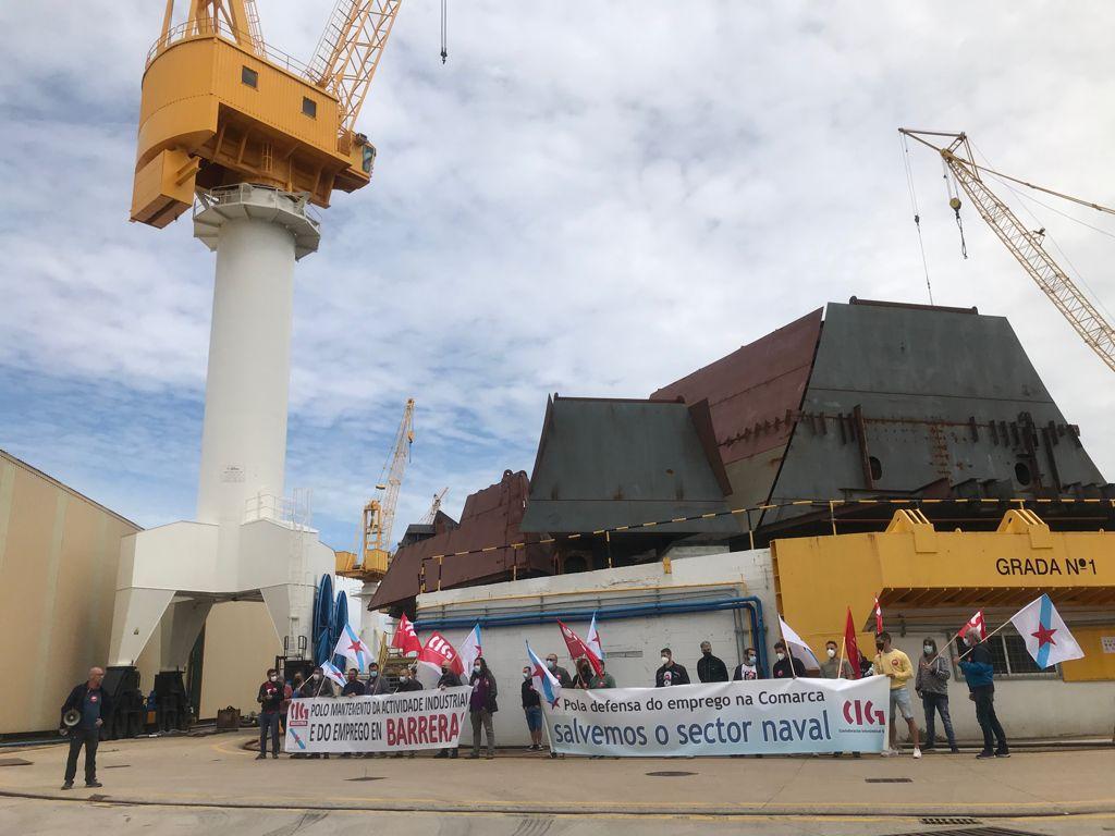 """'Ocupan' Barreras para denunciar la """"situación crítica"""" del astillero"""