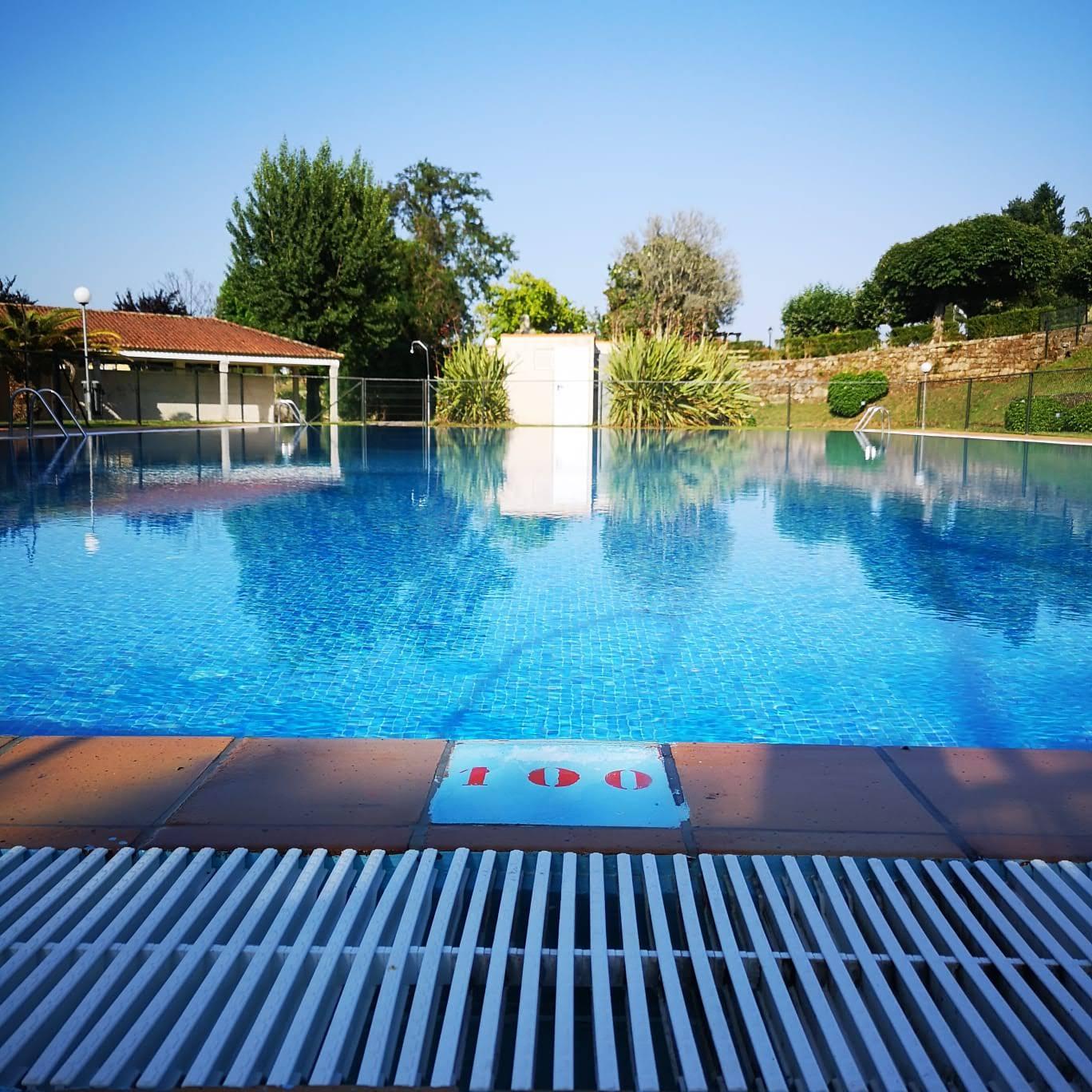 Tui, Salceda, Salvaterra e Mondariz non abrirán as piscinas este verán