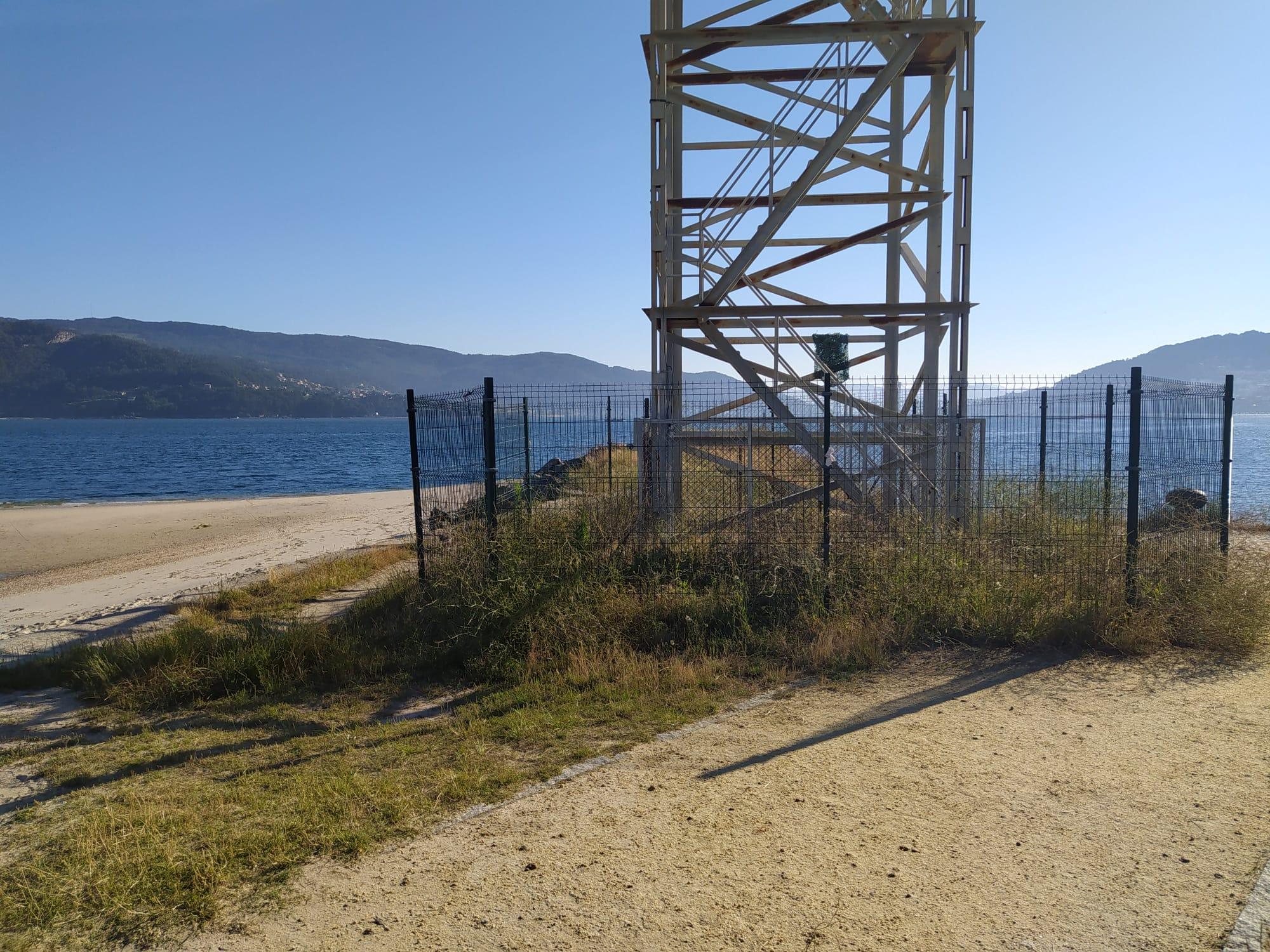Veciños de Teis denuncian o abandono da Praia da Punta