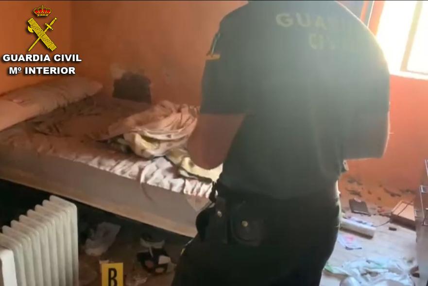 Investigan a un sujeto responsable de la muerte de tres perros y a 60 gallinas en As Neves
