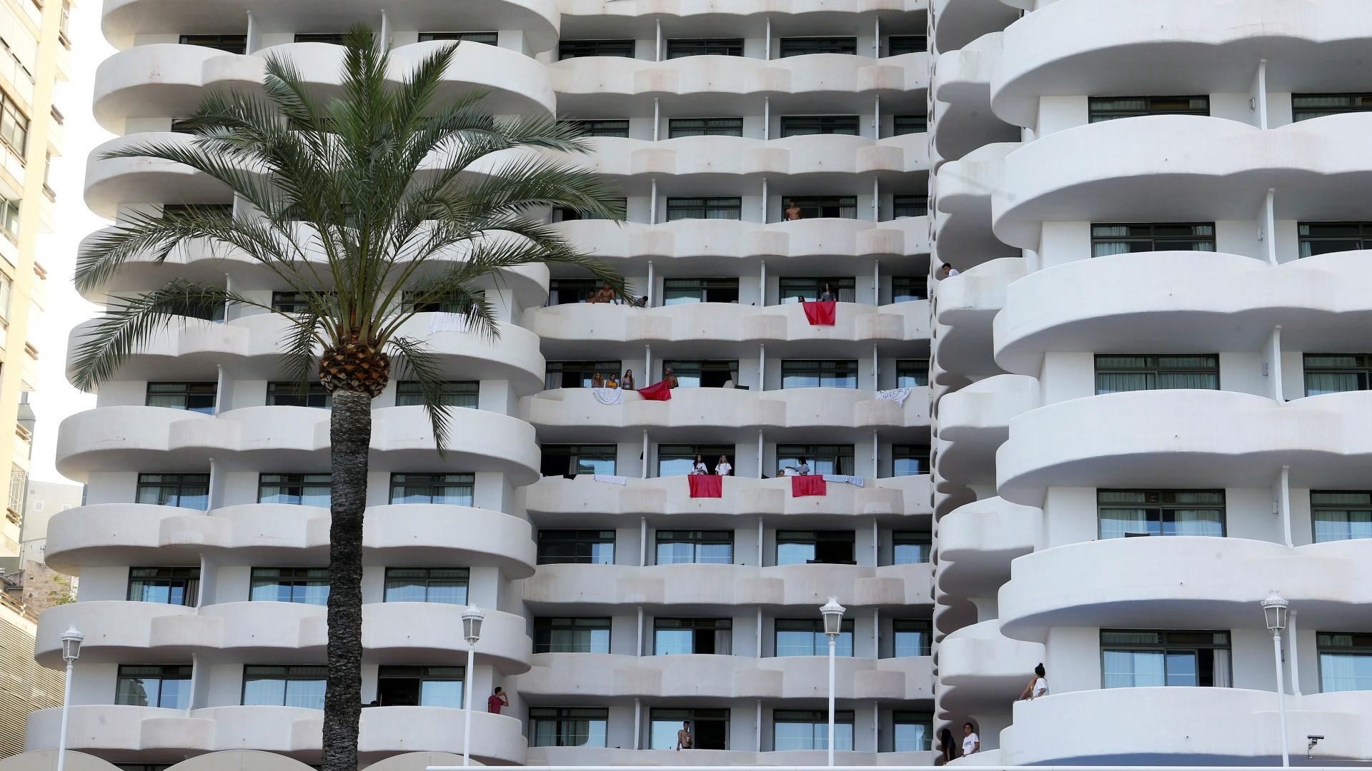 Lamentable comportamiento de estudiantes aislados en el hotel de Palma