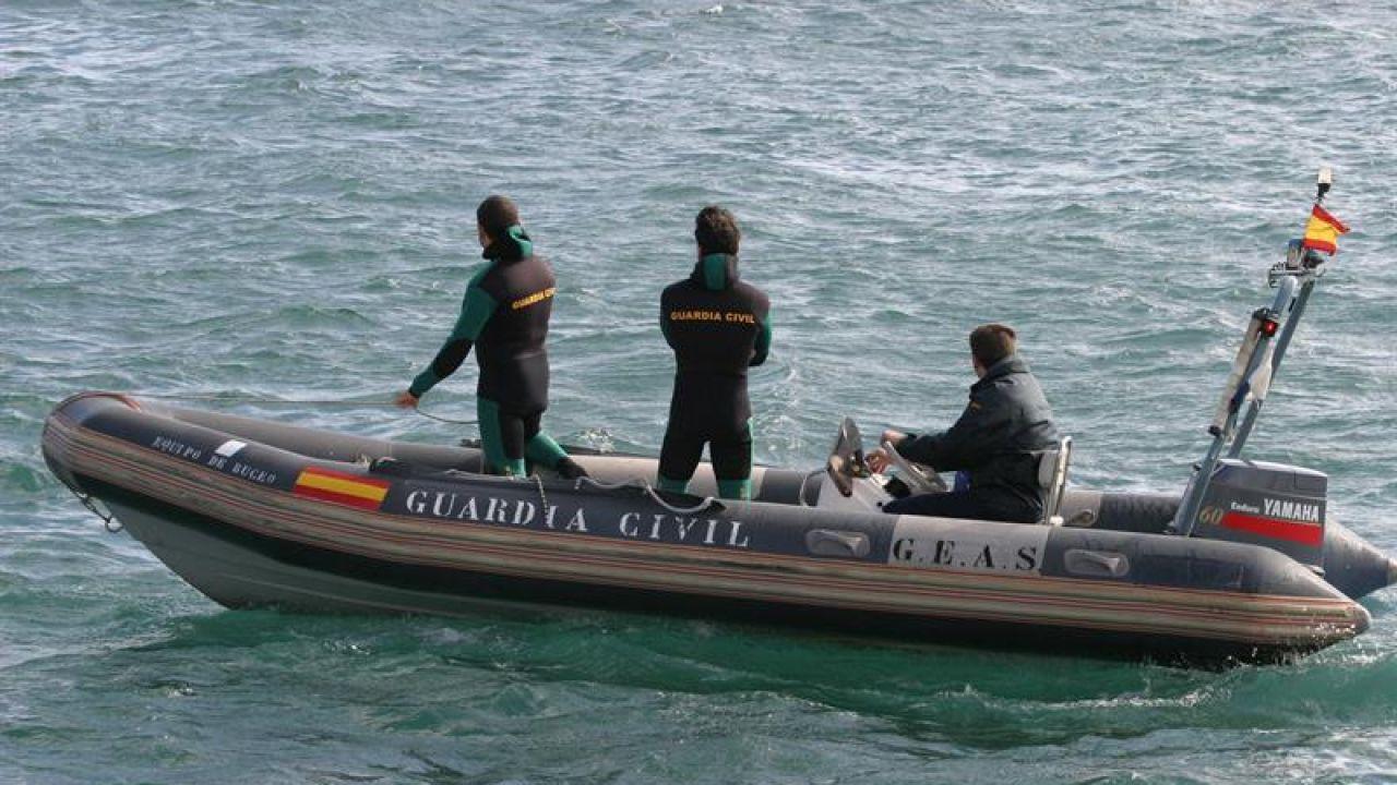 Rescatan el cadáver de un hombre en el mar, frente a Poio