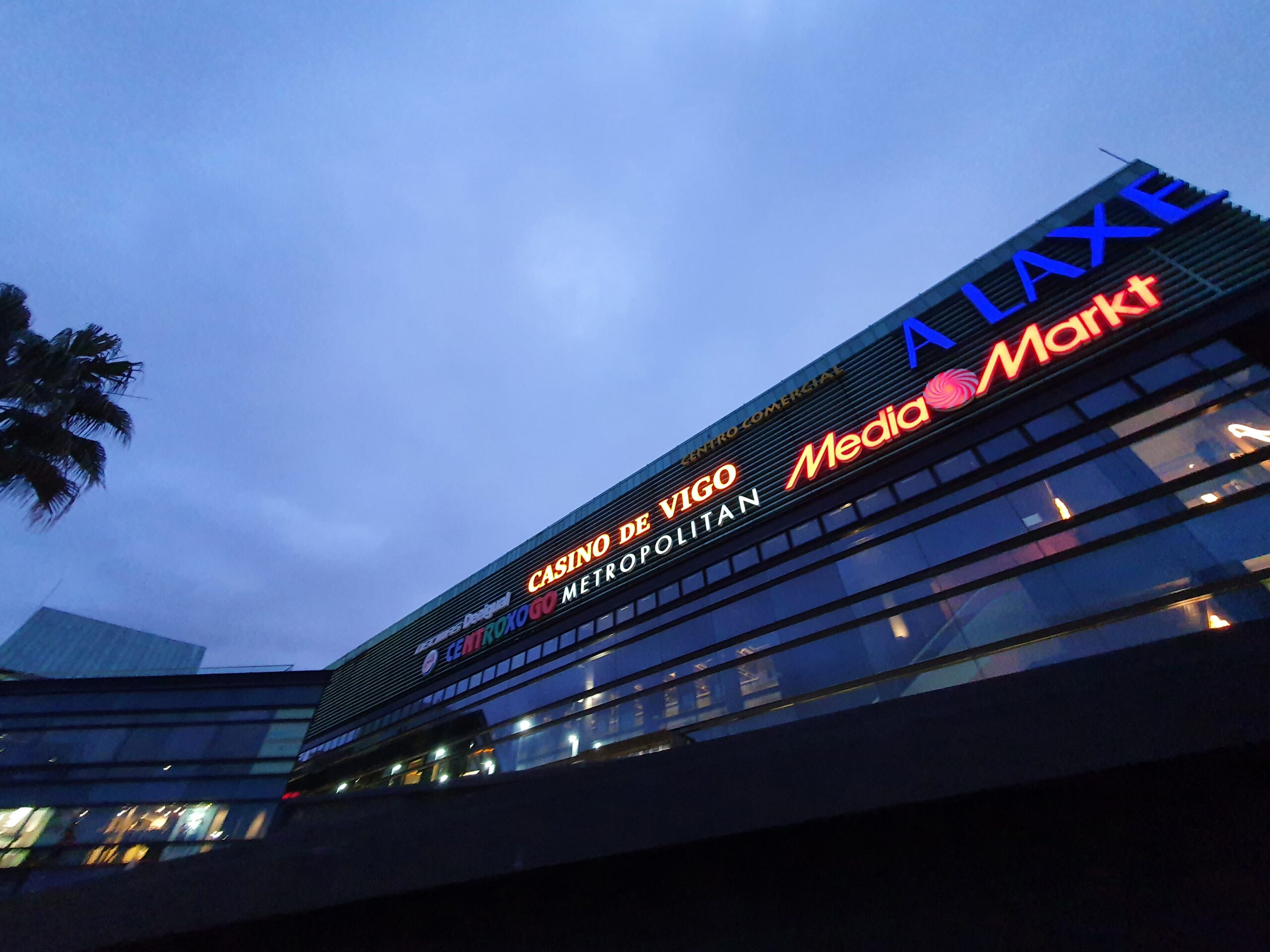 En Vigo poden abrir casinos e bingos e a Xunta autoriza concertos con 2.500 persoas