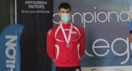 El vigués Juan Ferrón subcampeón de Galicia en 50 mariposa