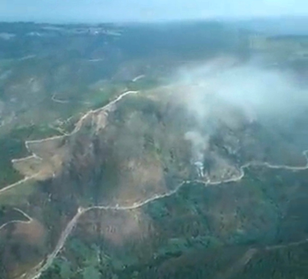 Un incendio arrasa xa 11 hectáreas na Serra do Courel