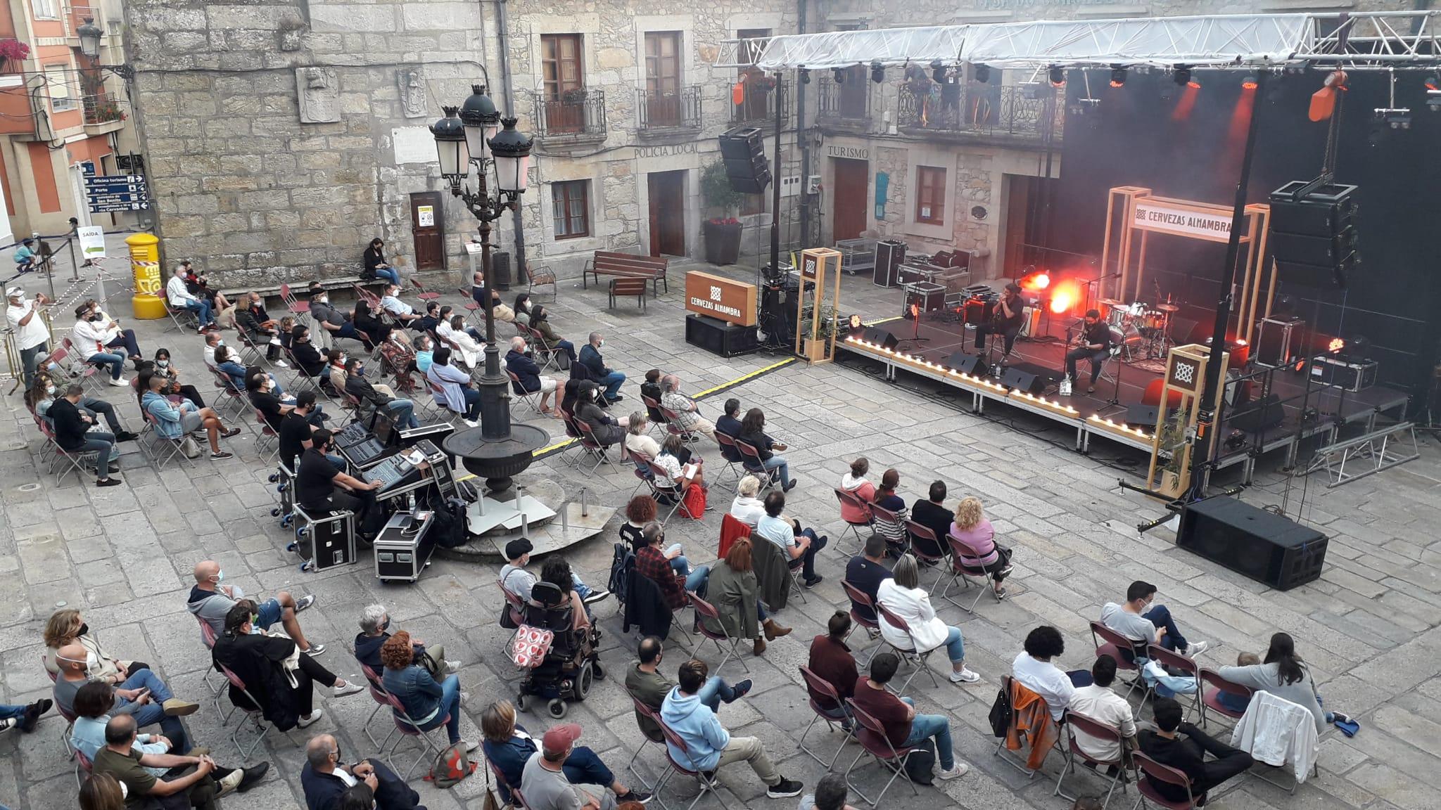A Guarda conta cun novo escenario de plataforma para eventos culturais