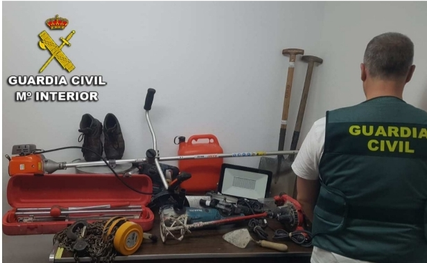 Dos vecinos de Vigo detenidos por el robo en una vivienda en Nigrán