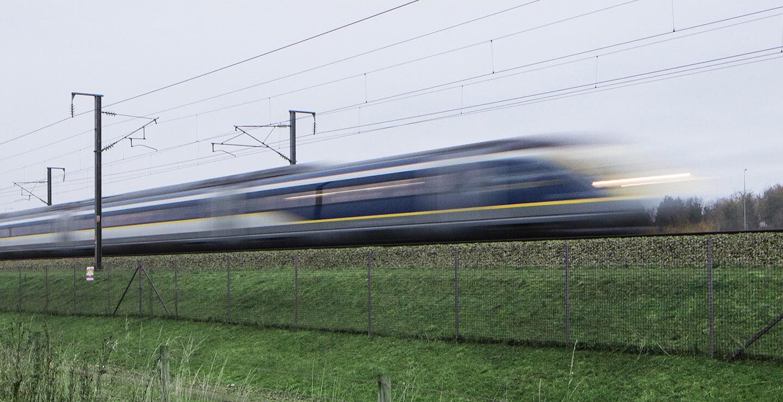 El alcalde dice que el AVE a Madrid, que tardará 4 horas, irá a la velocidad máxima