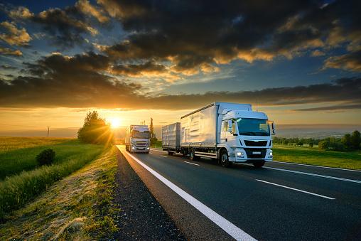 A DGT intensificará a vixilancia de camións e autobuses na provincia durante a próxima semana