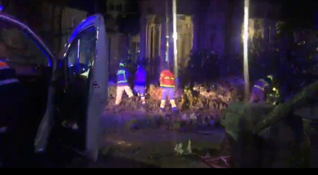 Mondariz-Balneario: un muerto y dos heridos graves al caerse un árbol